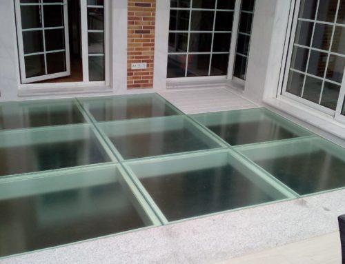 ¿Ya conoces los suelos del cristal transitables?